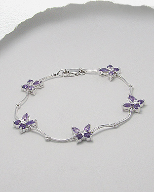 <b>Special sterling silver and amethyst bracelet </b>