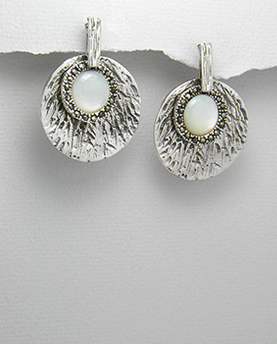 <b>Special silver 925, marcasite and shell earrings</b>