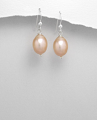 <b>Silver and freshwater pearls earrings</b>