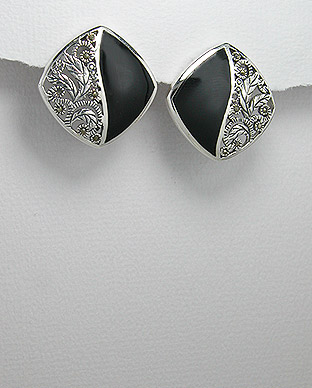<b>Silver 925, marcasite and black resin earrings</b>