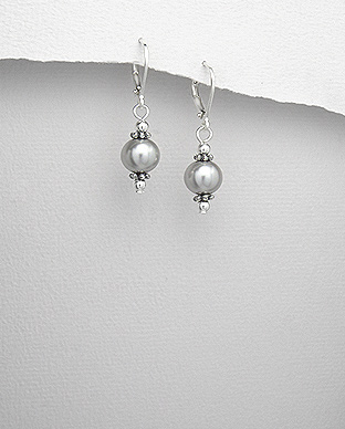 <b>Special sterling silver and pearls earrings</b>