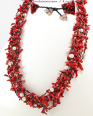 <b>Special necklace made of coral and fresh water pearls</b>