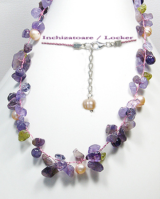 <b>Amethyst, peridot, pearls and crystal glass fancy necklace</b