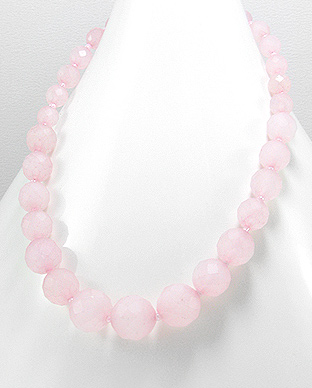 <b>Rose quartz and sterling silver necklace</b>