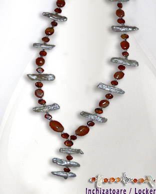 <b>Exclusive fancy carnelian and pearls necklace</b>