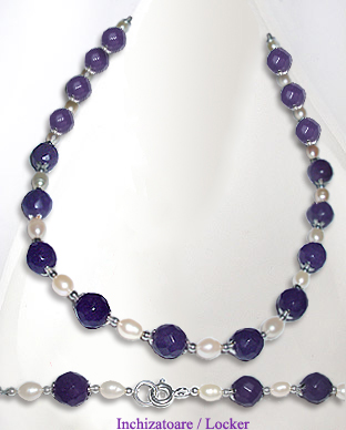 <b>Exclusive silver, amethyst and pearls necklace</b>