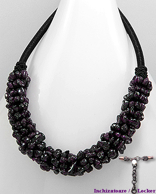 <b>Fancy garnet necklace</b>