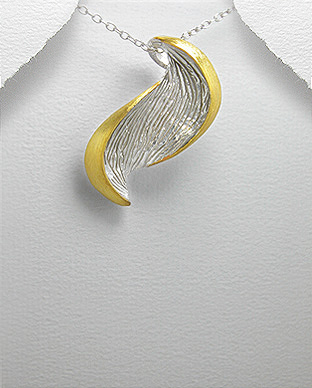 <b>14 k gold plated silver pendant</b>