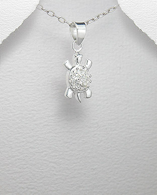 <b>Silver and zircon pendant- turtle</b>