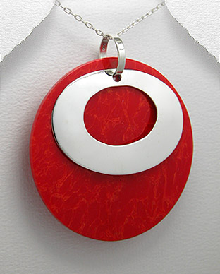<b>Silver and red resin pendant</b>