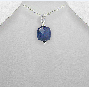 <b> Exclusive sterling silver and sapphire pendant</b>