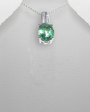 <b>Silver and green-blue zirconia pendant<b>