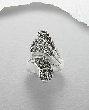 <b>Special silver and marcasite ring - asymmetric</b>
