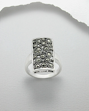 <b>Silver 925 and marcasite ring - rectangular</b>