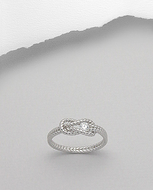 <b>Fine silver and white zircon ring</b>