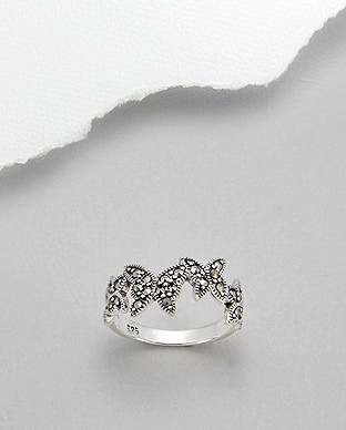 <b>Fine silver and marcasite ring - butterflies</b>