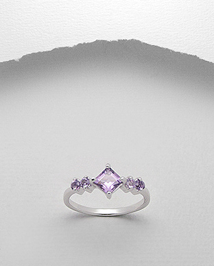 <b>Fine silver and amethyst semi gem stones ring</b>