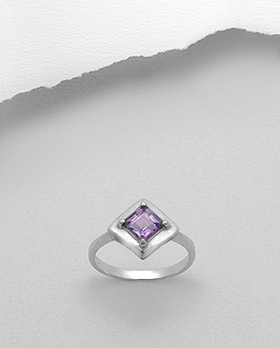 <b>Sterling silver - amethyst gem stone ring</b>